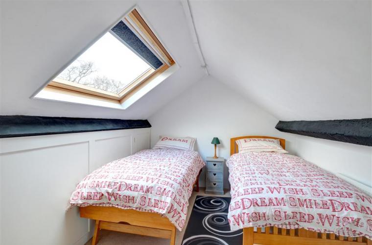 second_twin_bedroom